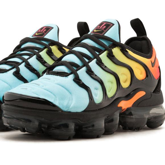 554727c4cfaa4 Men s Nike Air Vapormax Plus Tropical Sunset Blue
